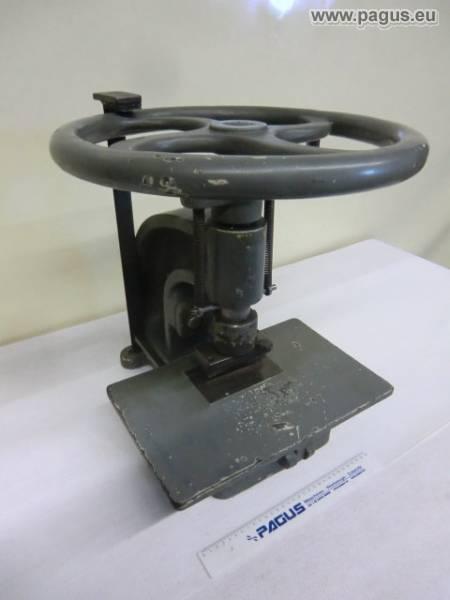 Hand screw press - gebrauchte und neu Maschinenhandel - Pagus