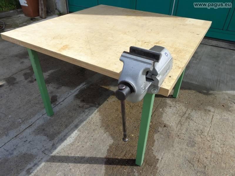 Werkbank mit Schraubstock 1250 x 1250 mm - gebrauchte und ...