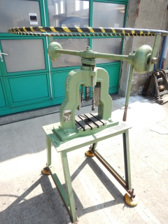 METALWAG manual screw press