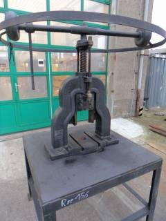 SPM hand spindle press